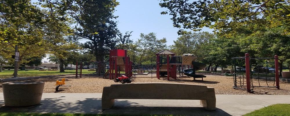 Broadway Park Playground
